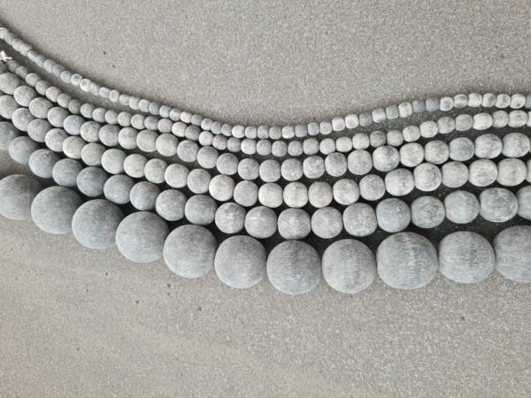 Black Horn round Beads