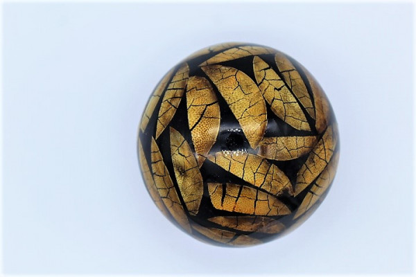 Resin / GisHartz Ball with naturall Inlay Wood Slizes Apple style ,Size ca.150 mm